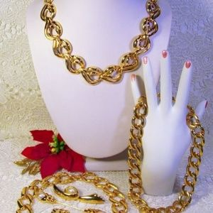 R-1707 Golden Shine Napier NKL and Pearl Jewelry